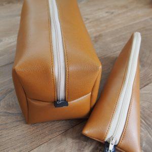 Trousse toilette et étui brosse à dents homme simili cuir - L'Atelier du Bourget - Artisanat textile français
